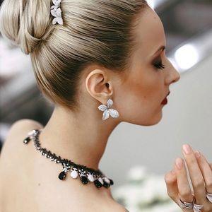 Jewelry - 18K White GOLD  DIAMOND EARRINGS!